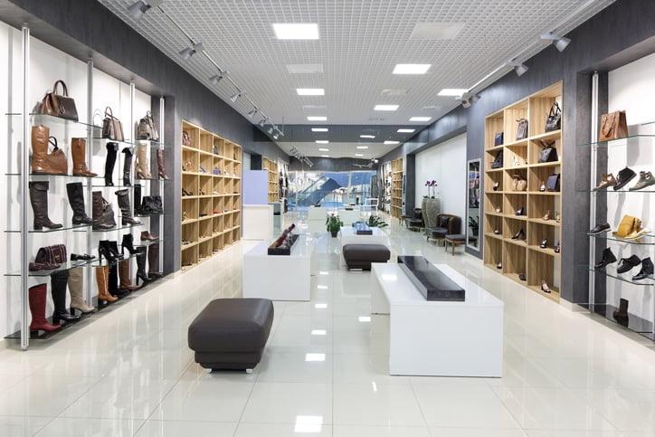 Predictive and Prescriptive Analytics Gains Foothold with Fashion Retail - تاثیر فاکتور های کلیدی رضایت مشتریان خرده فروشی ها در رفتار مصرف کننده